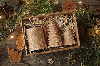 Svietidlá a sviečky - Vianočná SADA sviečok V DARČEKOVOM BALENÍ (Kapučíno / hnedá) - 11233077_