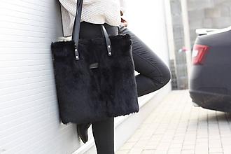 Veľké tašky - Koženo-kožušinová SHOPPER kabelka-ČIERNA - 11234604_