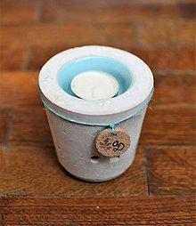 Svietidlá a sviečky - Držiak na sviečku tyrkysový kalíšťok - 11231733_