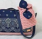 Čiapky - Čelenka ružová s modrotlačovou mašľou - 11232951_