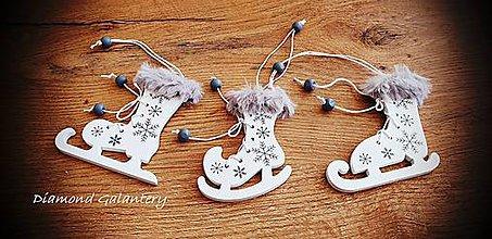 Galantéria - Vianočný výlisok Korčule - 3 Kusy - 11237121_