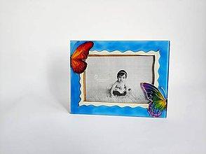Rámiky - Sklenený fotorámik maľovaný - motýliky - 11236080_