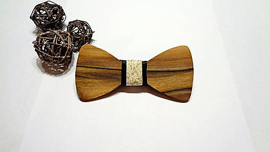Doplnky - Pánsky drevený motýlik orech - zlatý prach - 11241262_
