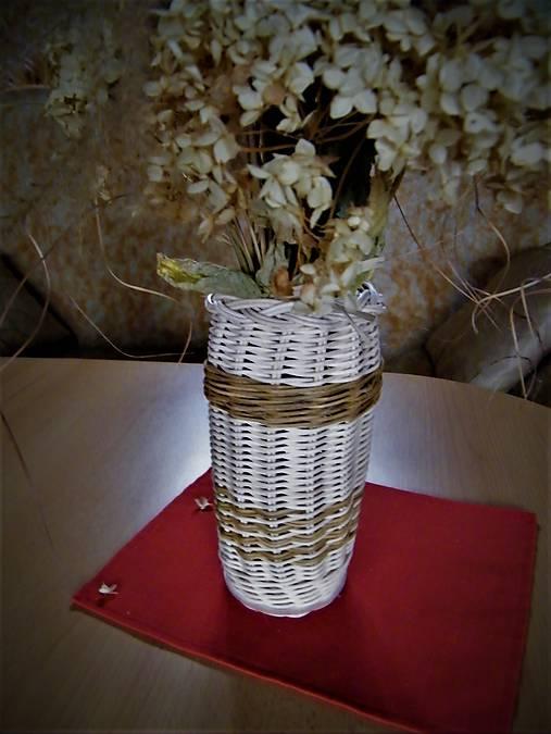 Váza z pedigu na rezané kvety