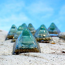 Iné doplnky - Pyramid * Zelené světlo Archanděla * Avanturin - 11242738_