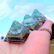 Dekorácie - Pyramid * Zelené světlo Archanděla * Nefrit - 11242745_