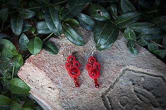 Náušnice - Červená Kata - soutache earring - ručne šité šujtášové náušnice - 11244758_