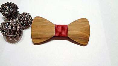 Doplnky - Pánsky drevený motýlik orech - červený - 11245355_