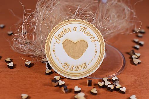 Drevená svadobná magnetka Ľudový motív 11