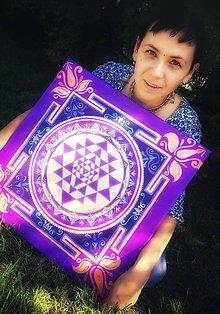 Obrazy - Sri Yantra mandala obraz na plátne - fialová - 11247522_