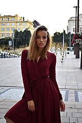 Šaty - APRIL bordó, zavinovací šaty/cardigan - 11247315_