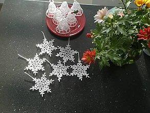 Úžitkový textil - Háčkované snehové vločky 6 ks - 11247919_