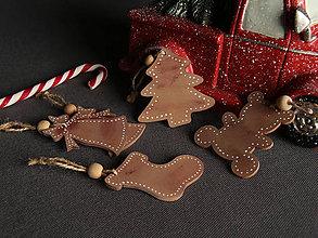 Dekorácie - Drevené vianočné ozdoby sada 5ks - 11247748_