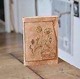 Papiernictvo - kožený zápisník - herbár PAPAVER - 11246434_