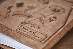 Papiernictvo - kožený zápisník - herbár PAPAVER - 11246440_