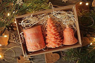 Svietidlá a sviečky - Vianočná SADA sviečok V DARČEKOVOM BALENÍ (Medová) - 11246352_