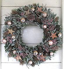 Dekorácie - Vianočný veniec ružový - 11247978_