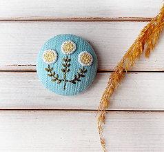 Odznaky/Brošne - Tri biele kvety - 11247037_