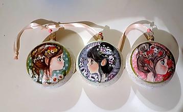 Dekorácie - vianočné medailóny dievčatká - 11249250_
