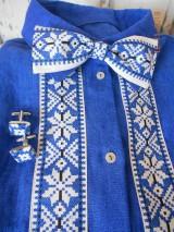 """Doplnky - Folk motýlik """" Blue & white"""" - krížikový, ako vyšívaný - 10122571_"""