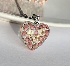 Náhrdelníky - Náhrdelník ružové srdce / ZJ4 - 11253259_