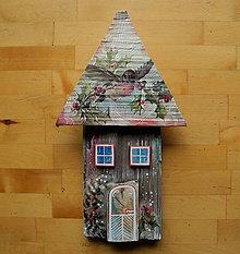 Dekorácie - Vianočný dom s vtákom - 11253506_
