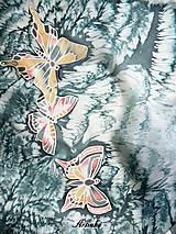 Šály - Hodvábny šál - motýle v búrke  - 11251791_