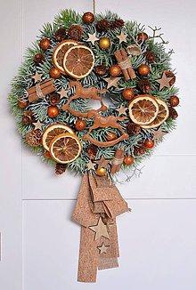 Dekorácie - Vianočný veniec s koníkmi - 11253131_