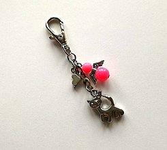 Kľúčenky - Prívesok s anjelikom a srdiečkom - mačka (ružová) - 11252763_