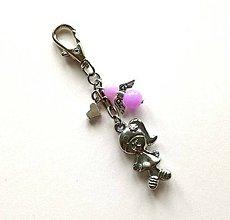 Kľúčenky - Prívesok s anjelikom a srdiečkom - dievča (fialová) - 11253905_