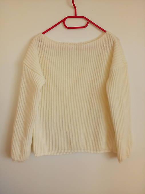 Pletený pulover