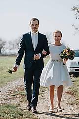 Šaty - Svadobné šaty s vyšívaným bylinkovým opaskom - 11257844_