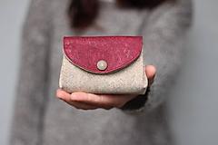 Peňaženky - Korková harmoniková peňaženka - fishbone + bordo - 11256943_