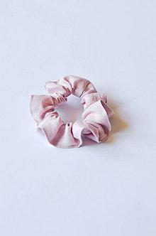 Ozdoby do vlasov - Scrunchie gumička ružová - 11255344_