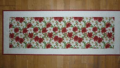 Úžitkový textil - Obrus, štóla na stôl s vianočnou ružou - 11257807_