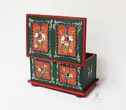 Nábytok - Ručne maľovaná truhlica z Litomyšlska - 11254461_