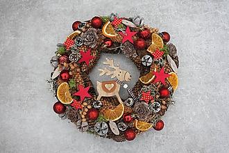Dekorácie - Prírodný vianočný veniec na dvere - 11256157_