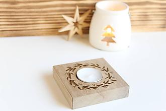 """Svietidlá a sviečky - Drevený svietnik """"Vianočný venček"""" - 11257226_"""