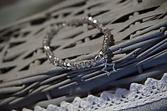 Náramky - Náramok sklenený s hviezdičkou - 11257752_