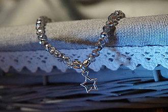 Náramky - Náramok sklenený s hviezdičkou - 11257763_