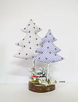 Dekorácie - Stromčeky v zimnom lese - 11254957_