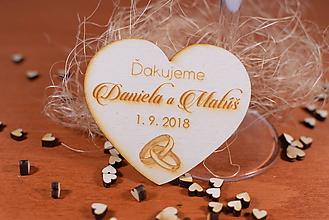 Darčeky pre svadobčanov - Drevená svadobná magnetka Ľudový motív 19 - 11255573_