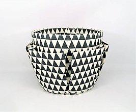 Košíky - Košík-organízer na kozmetiku s geometrickým vzorom - 11260425_