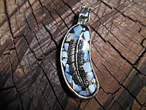 Náhrdelníky - orlie pierko II - 11258708_
