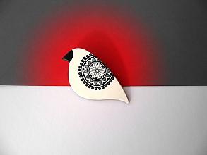 Odznaky/Brošne - ,,Biely vtáčik s ornamentom,, - 11261362_