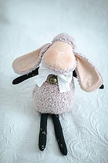 Hračky - Ovka ušatá s mosadznou rolničkou a mašľou (Ružová-čierne hnátiky) - 11259769_