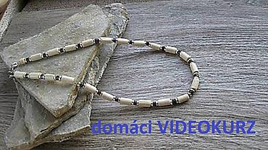Kurzy - Domáci VIDEOKURZ aj s materiálom - vyrob si pánsky drevený náhrdelník - 11259370_