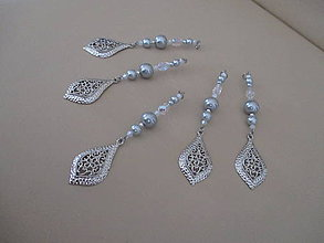 Dekorácie - Šperková závesná dekorácia na stromček - bielo/strieborná - 5 dielna sada - 11263429_