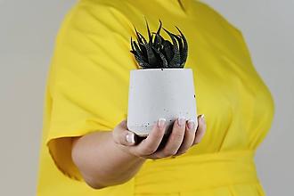 Nádoby - Betónový kvetináč - Cylinder (M) - 11264125_