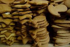 Potraviny - medovníkové korenie v háčkovanej taštičke - 11265292_